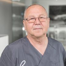 Dr. med. dent. Hans Jörg Mayer